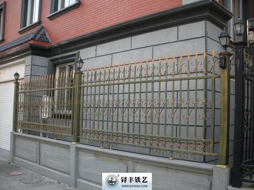 铝艺栅栏铝艺栏杆厂家电话图片